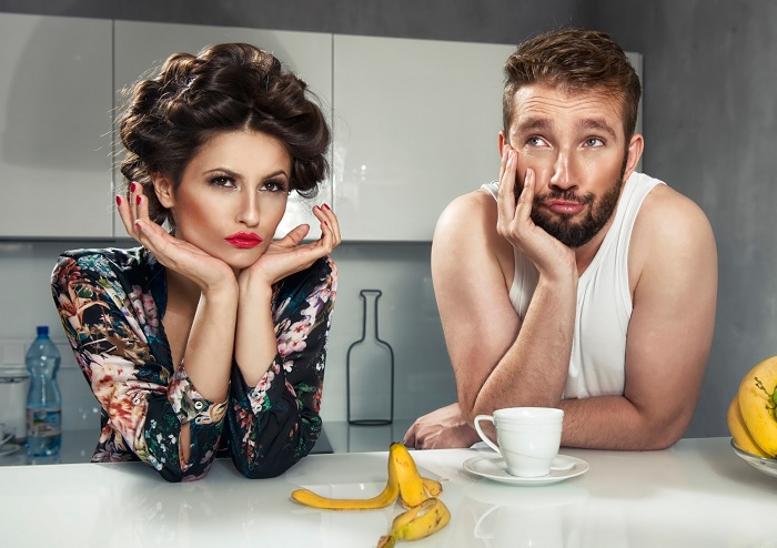 Картинки по запросу мужчина и женщина за столом
